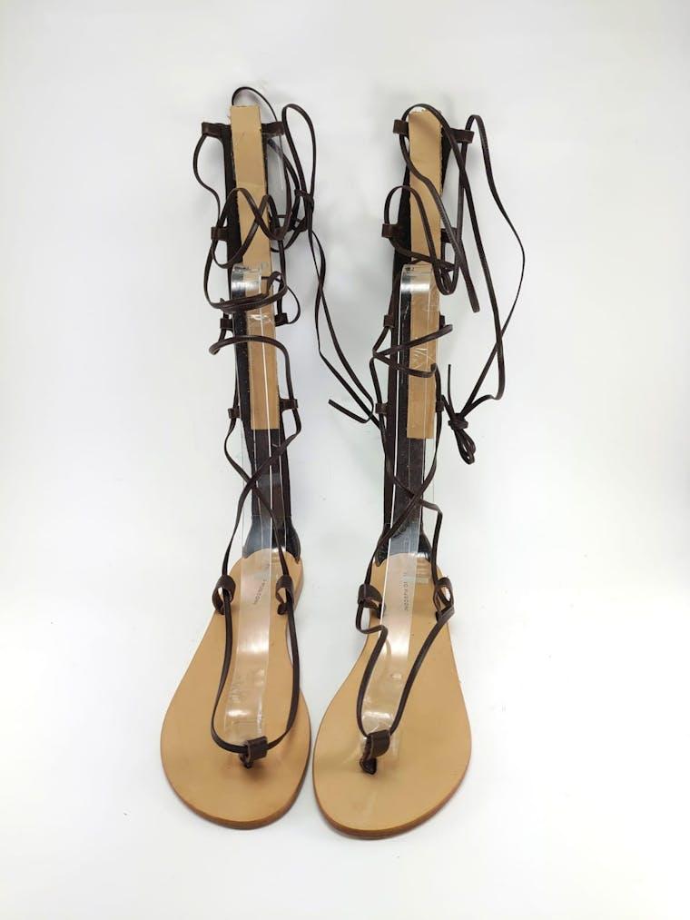 sandali in pelle alla schiava